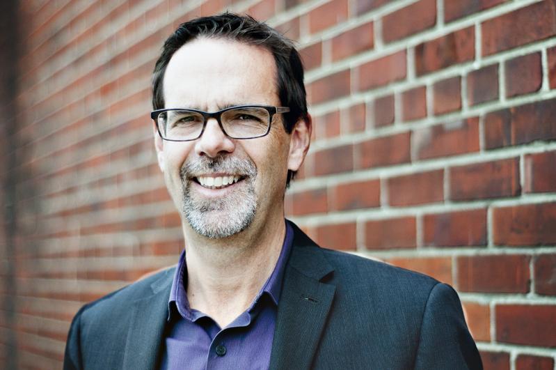 Daniel Lemay, Président de Communautique, est directeur Solutions d'épargne, Caisses chez Desjardins